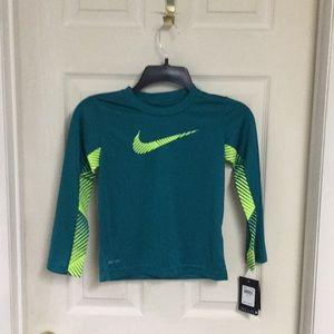 NWT Kids Nike DriFit top....Sz. 4